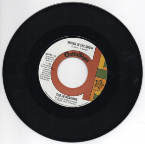 The Invitations - Skiing In The Snow / What's Wrong With Me Baby? 45