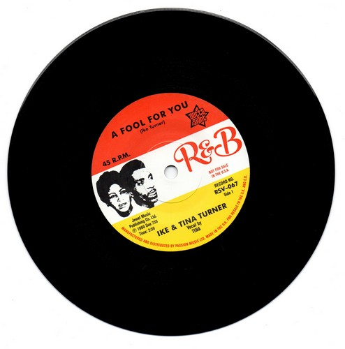 """A Fool In Love / It's Gonna Work Out Fine 7""""-0"""